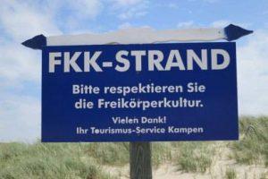 Leyendas del Naturismo: Buhne 16, Kampen, Sylt. Cartel primera playa nudista en Alemania
