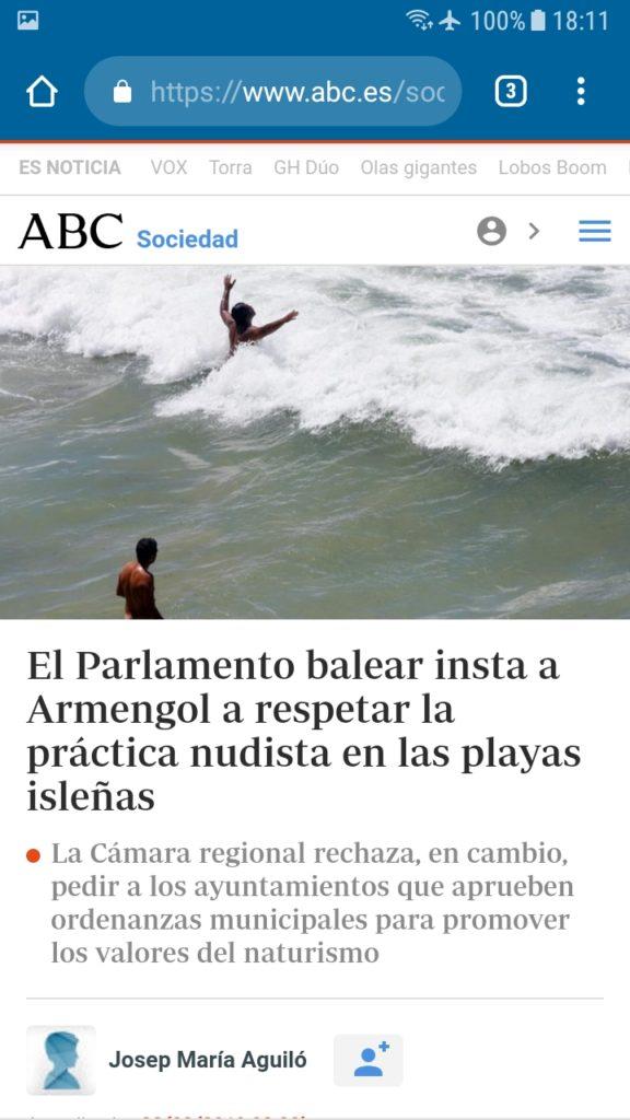 El Parlamento balear insta a Armengol a respetar la práctica nudista en las playas isleñas.