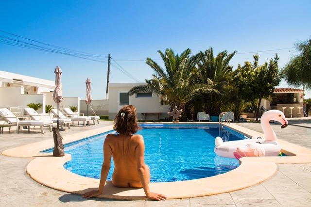 Finca Pura - Costa Blanca, Elche, Alicante. Vacaciones Naturistas